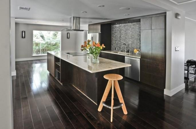 Дизайн пола и стен на кухне