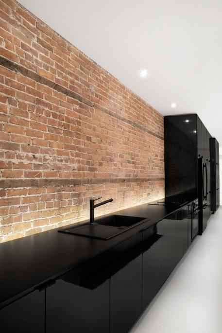 Современная кухня в стиле хай-тек: как выглядит и в чём функциональность
