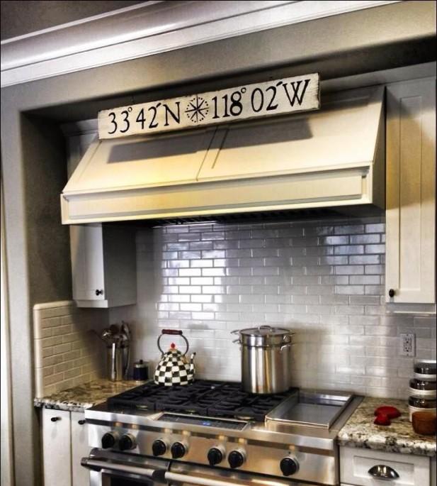 Кухня в морском стиле (24 фото): как выглядит кухонное оформление