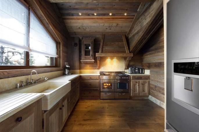 Как выглядит кухня в стиле «шале» — создаём альпийский уют на кухне