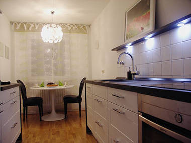 дизайн кухни длинной и узкой фото