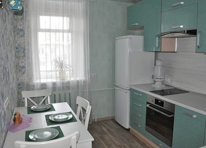 Кухня в светлых тонах (23 фото): дизайн интерьера классических и современных кухонь