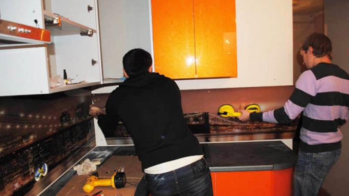 Монтаж фартука кухни своими руками